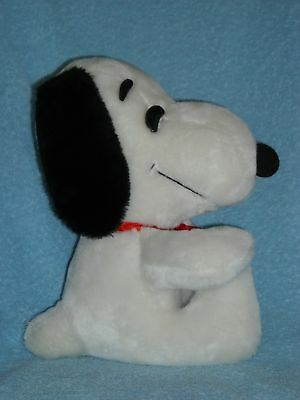 1968 sitting SNOOPY PEANUTS GANG dog UNITED FEATURE SYNDICATE STUFFED PLUSH