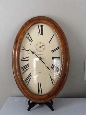 Howard Miller Quartz Oval Oak Wall Clock 2 Stroke EWC!