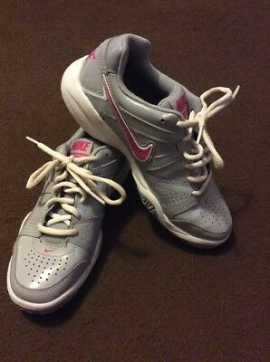 Nike City Court Grey Pink Women's Girls Tennis Trainers Size UK 4 ONLY WORN ONCE
