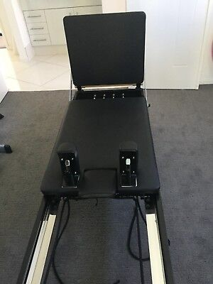 H1 Align-Pilates Reformer with Bounce Board