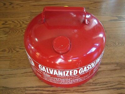 Eagle Gas Can, Model SP 2 1/2, Fabulous Condition!