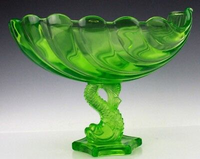 Vintage Westmoreland Green Vaseline Glass Dolphin Shell Centerpiece Bowl NR WSC