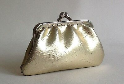 1950s Vintage Gold Faux Leather Coin Purse With Gold Toned Frame & Kiss Clasp