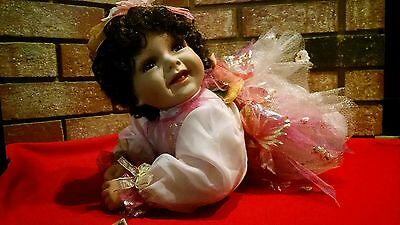 "Kinnex Dolls Limited Ed. 19"" Porcelain Doll ""Eve"" Certificate Of Authenticity"