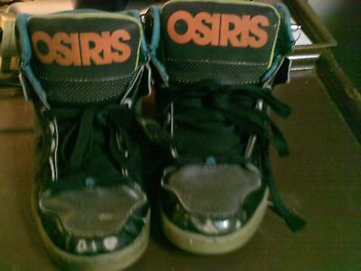 Used Worn Thrashed Osiris skate shoes Sneakers Mens sz 9