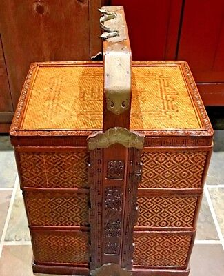 Lovely Chinese Antique Wood Three-tier Wedding Basket with Carvings