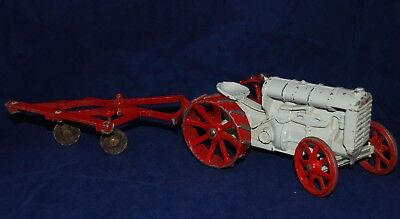 Vintage 1969 Ertl 1920s Antique Fordson Tractor and Plow