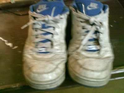 Used Worn Thrashed Nike skate shoes Mens sz 12