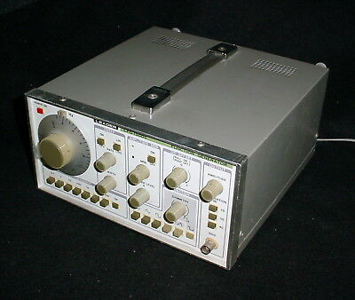 Leader LFG-1300S Function Sweep Generator .002Hz-2Mhz, Input 100/117/200/234VAC