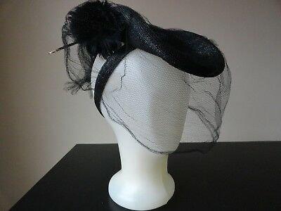 VTG 30s BLACK HAT W/NETTING AND FEATHER FLOWER AMAZING DESIGN