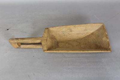 Great Early 18Th Century American Chestnut Scoop With A Rare Open Carved Handle