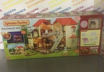 Sylvanian Families Beechwood Hall Gift Set 5173 Includes Squirrel & Bedroom Set