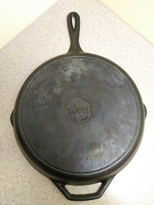 "Lodge #10SK Vintage 12"" Cast Iron Frying Pan Skillet Double Pour with Handle USA"