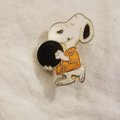"Peanuts Snoopy BOWLING BALL 1"" Metal Lapel Hat Pin Vintage 1970's - 80's"