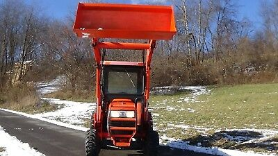 2008 Kubota L2800 4X4 Tractor With Loader And Cab...414 Hours!!