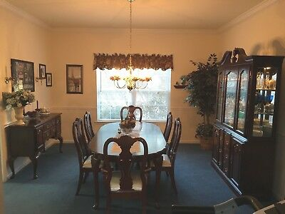 12 PC Queen Anne's Cherry Dining Room Set -China Cabinet, Sideboard - PICK UP PA