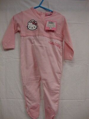 "pyjama Hello Kitty  "" NEUF  ÉTIQUETTE "" ( 15 €)"