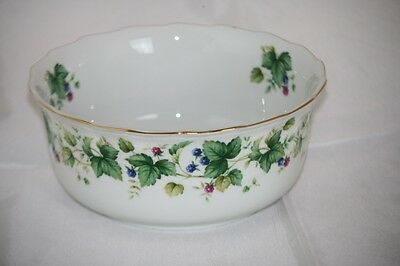 "Sadek Vegetable Bowl Vineyard Andrea 7.25"" Rim Vines Blue Red Berries SADVIN"