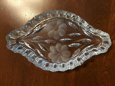 7inch crystal dish with flower pattern
