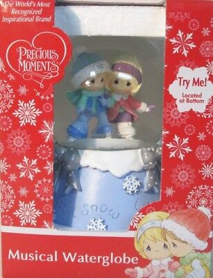 Precious Moments Musical Waterglobe Let it Snow We Wish You a Merry Christmas