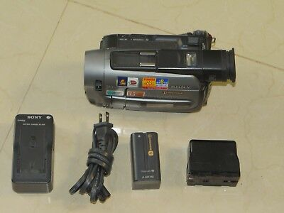 Sony Handycam CCD-TRV72 Analog Camcorder Record Play Transfer Video8 & Hi 8 Tape