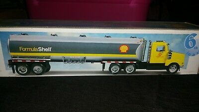 Formula Shell collectible truck 6th in a series NIB