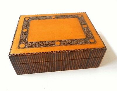 Vintage Hand Carved Wood Hinged Box Wooden Inlaid w/Brass Inlay Jewelry Trinket