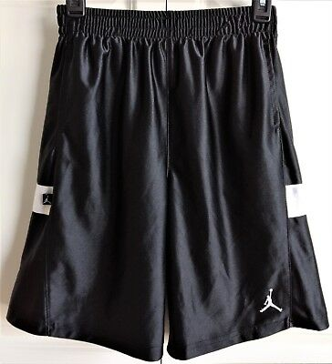 Nike Air Michael Jordan Basketball Shorts Black, Boys Size L (16-18)