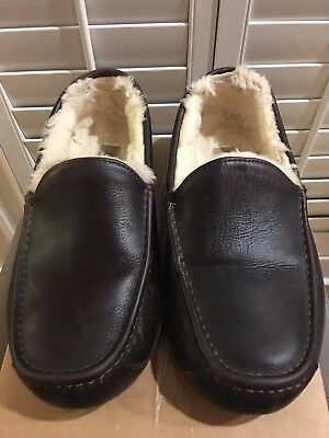 UGG Mascot 5379 Mocassin Slippers Size 11