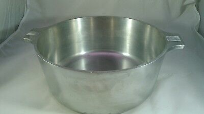 GHC MAGNALITE 5 Quart Dutch Oven Stock Pot Without Lid  formerly Wagner Ware