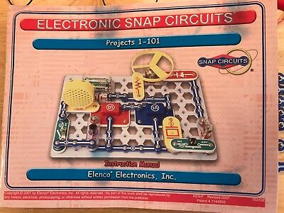 Snap Circuits Kit - 101 Projects - All Parts! Great Condition!