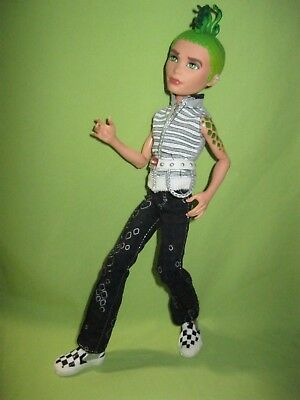 Monster High 2010 Cleo Boyfriend DEUCE GORGON First Wave DOLL in Outfit & Shoes
