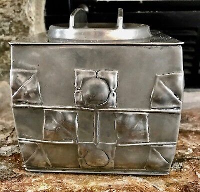 Liberty & Co Tudric Pewter Biscuit Box Archibald Knox 0194