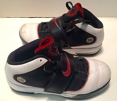 ed2591f18246 NIKE ZOOM Soldier IV LEBRON Athletic Shoes Size 8.5 White Red Black 407707-
