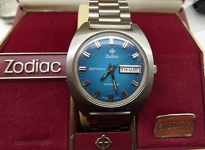 VINTAGE ZODIAC STAINLESS AUTOMATIC SST 36000 WATCH DAY DATE w/ Box NEW OLD STOCK