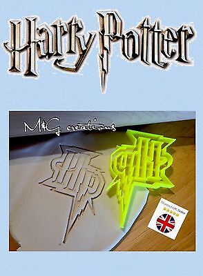 Harry Potter HP Cookie Cutter Solemnly Mischief Cupcake Fondant Gingerbread