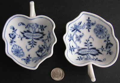 2 Vintage Meissen Germany Blue & White ONION Handled Leaf Nut Bowls Blind Earl