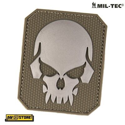 Patch in PVC SKULL Teschio Punisher 5,5 x 4 cm Militare Softair Velcrata OD - GY