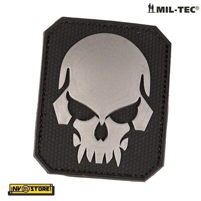 Patch in PVC SKULL Teschio Punisher 5,5 x 4 cm Militare Softair Velcrata BK - GY