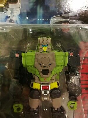 Transformers Titans Return Furos and Hardhead MOSC New Deluxe Warrior