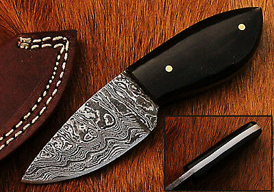 Custom Handmade Damascus Steel Hunting Knife(Skinner) Buffalo Horn Handle (CKA4)