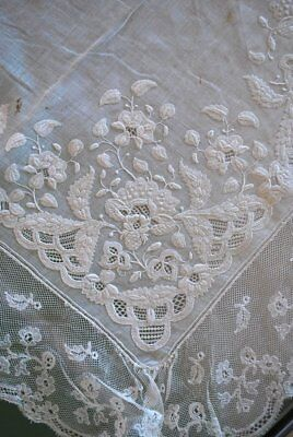 Antique Finest Appenzell Embroidered Hankie Monogram Flemish Lace Edge