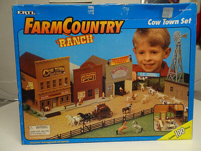 *ERTL Farm Country RANCH Cow Town Set 1/64 Sealed 1995 NEW FREE SHIPPING*