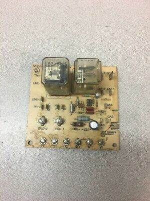 Carrier Bryant OEM Furnace ControlCircuit Board 302075