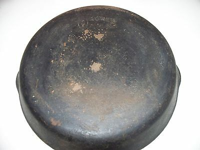 "Vintage Wagner Ware #8 10 1/2 Cast Iron skillet (made in USA) 2"" deep"