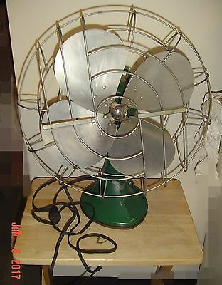 Vintage - Hunter Desk Top Fan -  From The 1940's