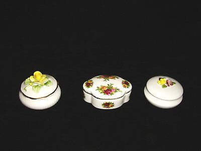 3 Trinket Box (es) Made In England Royal Doulton, Old Country Roses, Coalport