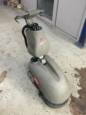 Comac Vipsa 35b Battery Powered Scrubber Drier Floor Cleaning Machine