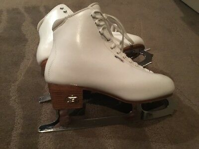 Figure Skates Women's Size 40 Coronation Ace