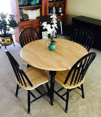 WOW! Beautiful Simple Modern Light Brown and Black Wood Kitchen Table and Chairs